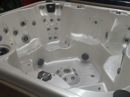 Coast Spas Luxury Freedom