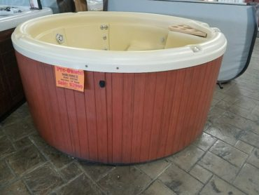 Nordic-Crown-XL-Hot-Tub