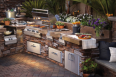 Barbecue and Outdoors